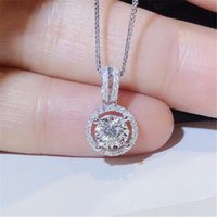 2021 Top Sell Luxury Jewelry Circle Pendant 925 Sterling Silver Round Cut White Topaz CZ Diamond Gemstones Eternity Party Women Wedding Clavicle Necklace Gift