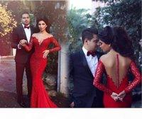 2016 Rojo Pareja Moda Vestidos de noche Sirena Sheer V Cuello Volver Mangas largas Arabe Medio Oriente Estilo Apliques Encaje Vestidos de baile