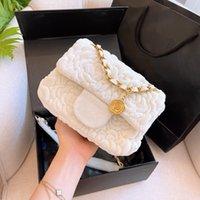 클래식 디자인 Qiu 동 시즌 벨벳 Aslant 단일 어깨 가방 체인 유행 복원 고대의 방식 Camellia 대용량 간단한 편지 레저 가방