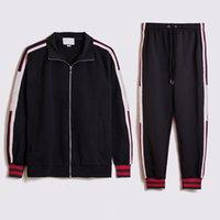 2020 Lettre Tenue Hommes Vêtements Tracksuit 2 Pièce Homme Ensemble Sœurs Sports Pantalons T shirts Short Sweatsuits Joggers d'été