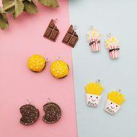 10pcs FAI DA TE Resina Popcorn Cioccolata Hamburger Charms Kawaii 3D Simulato Ciondoli Ciondoli Pendenti Artigianato Decorazione Decorazione Gioielli Accessorio per orecchini