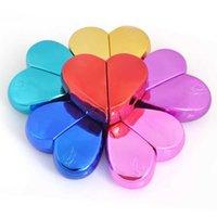 Viaggio portatile Pratico bottiglia spray 6 colori 25ml Atomizzatore di profumo per profumo di metallo a forma di cuore 25ml
