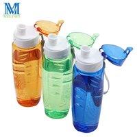 Botellas de agua Meltset 750ml BPA Deporte Free Sport Botella de paja a prueba de fugas Tour de bebida de plástico Senderismo Coctelera portátil
