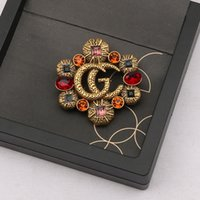 Famous Design Gold G Brand Luxurys Desinger Brooch Vintage Women Rhinestone Letter Brooches Suit Pin Fashion Jewelry Clothing Decoration High Quality Accessories