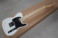 مخصص متجر ديلوكس المنشول الأبيض الغيتار الكهربائي basswood الجسم القيقب الأصابع الأسود pickguard مع الكروم الأجهزة عالية الجودة القياسية