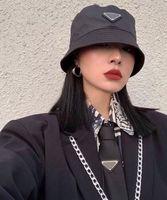 2021 Unisex Erkek Kadın Kapaklar Klasik Sokak Seyahat Şapka Çift Modelleri Dört Mevsim Evrensel Tüm Maç Star Aynı Paragraf Üçgen Nakış Tasarımcısı Balıkçı Şapka