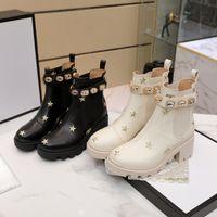 여성 패션 가을 겨울 하단 부츠 블랙 화이트 샤이 착용 진짜 가죽 메달 거친 비 슬립 신발