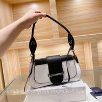 Diseñador mujer hombro sillín bolsa luxurys cruz cuerpo bella triángulo marca clásico 4 color 2022 carteras plata hardware limitado venta