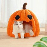 Cat Beds & Furniture Halloween House Pumpkin Shape With Mat Bed Detachable Warm Comfort Kitten Deep Sleep Accessories