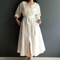 Повседневные платья Весна Летнее Хлопковое белье Элегантные Дамы Плиссированные Длинные Белые V Вырезы Кружева Кружева Bow Colorfaith 2021 Женщины