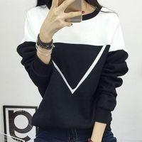 Women's Hoodies & Sweatshirts 2021 Winter Fashion Plus Velvet V Pattern Pullover Sweatshirt Women Black And White Splice Female Tracksuit