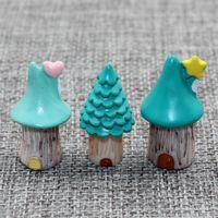 3 шт / лот Christams Tree House Mini Resin Craft Diy Home Decor Миниатюрная фея садовые украшения аксессуары современного фигурка