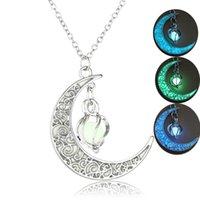 القمر متوهجة قلادة سحر المجوهرات الفضة مطلي النساء هالوين قلادة القلائد حجر مضيئة جوفاء
