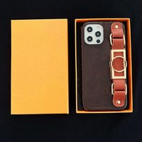 L Fashion Designer Brown Flower Pattern Phone Cases for iPhone 12 11 pro max Xs XR Xsmax Quality Leather Wristband Luxury Cellphone Cover
