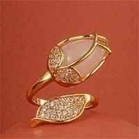 Nouvelle conception de la Corée du Sud bijoux de mode exquis Cuivre incrusté Zircon Opal Tulip Tulip Creative Anneau d'ouverture Femme Pal Party Ring1 855 Q2