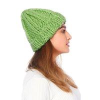 أفضل هيريجين الأزياء الأوروبية المرأة قبعة الشتاء القبعات للنساء قبعة قبعة نقية اللون كاب الصوف الخشنة خشب الاحترار محبوك بيني قبعات