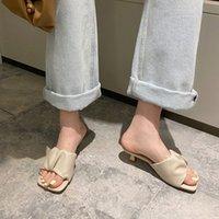 Manlegu Женщины тапочка 2020 Летний квадратный носок на высоком каблуке женские кожаные сандалии Mujer высокое качество флип флоп платье обувь скольжениями f9sy #