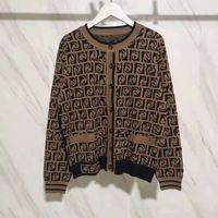 Женский кардиган дизайнерский свитер повседневная вязаная рубашка письмо печатает V-образным вырезом осенью и зимняя мода женские свитер воротник роскошная одежда женщина свитера пальто