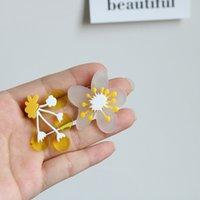 S925 Silber Nadel Ohrstecker Vintage Gelbe Birne Blume Mode Acryl 3 Farbe Matching Ohrring Kleine Süßigkeiten Farben Unregelmäßige Blumen Ohr Schmuck Geschenk Designer