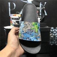 Top Quality Mens Womens Goma Slipper Designer Diapositivas Zapatillas de verano Playa de verano al aire libre Fresco Lady Slippers Moda Mujeres Ancho Diapositiva Plana Flip Flops Con Caja