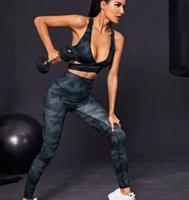 Mode Designer Womens Yoga Anzug Gym Outwear Sportwear Trainingsanzüge Fitness Sport Sexy V-Ausschnitt 2pcs Hose BH T Shirts Drucken Leggings Runner
