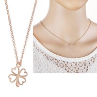 Peach hueco corazón de cuatro hojas trébol collar de flores collar de clavícula femenina