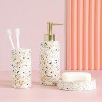 Conjunto de acessórios de banho resina acessórios de banheiro emulsão garrafa sabão prato titular ferramentas de lavar roupa de água