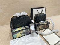 Marmont Sac à main Classic Sacs Belles Design de luxe Messenger de luxe avec des boutons d'ondulation de treillis de diamant