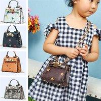 Kinder Mädchen Designer Handtasche PU Leder Kette Tasche Retro Vintage Geldbörse Crossbody Fanny Pack Rucksäcke Messenger Umhängetaschen Blume Prinzessin Party Tote LY8033