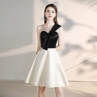 Black Sheer Jewel Satin A Line Homecoming Dresses Hand Made Flower Knee Length Short Prom Party Cheap Cocktail Dresses