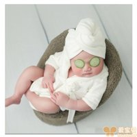 New Baby Bathrobes Bath Towel Solid Color Warm Baby Hooded Robe With Belt Newborn Photography Props Baby Photo Shoot Accessories 2505 Q2