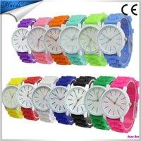 Alibaba Ginevra Unisex Silicone Gomma Sport Donne Watch Orologio da polso Gel Gel Quartzwatch per uomo GW010