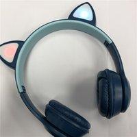 Auriculares Bluetooth inalámbricos P47M Auriculares estéreo Auriculares plegables Gato LED LED mostrando con embalaje al por menor para todo el teléfono
