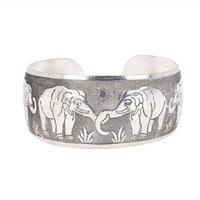 Högkvalitativ Vacker Vintage Elephant Tortoise Utskrift Armband Wide Tibet Silver Plated Totem Manschult Bangles