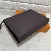 Designer Bags 26cm Clutch Toiletry Pouch Handbags Purses Men Women Leather Handbag Shoulder Wallets Card Holder Chain Key Pouchs N47542