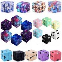 Magic Fidget giocattolo infinito cubo antistress finger ufficio flip cubic puzzle mini blocchi decompressione divertente nero bianco blu rosso grigio fy9406s