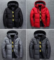 Hombres Invierno Baja Chaqueta con capucha Softshell Coat Puffer Sportwear Outfit Outwear Outwear Man S Ropa Designer Corriente Paño Unisex Mujeres