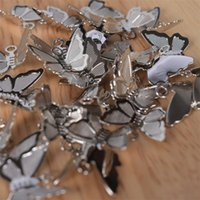 30Pcs Lot Copper Brass Butterfly Pendant Charms For Necklace Bracelet Earrings Butterfly Jewelry Making Findings Accessories 1372 Q2