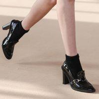 Dipsloot Fashion Black Brown Genuine Leather Leather Slip on Pompe poco profonde Donna 9 cm Tacchi Chunky Retro Round Toe Fibbia Delle Scarpe Delle Scarpe