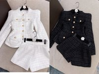 European and American catwalks the latest Tweed jacket + sho...