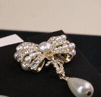 أعلى جودة مربط القرط مع الماس واللؤلؤ الأبيض للنساء مجوهرات الزفاف هدية لها مربع عقدة الشكل PS3219