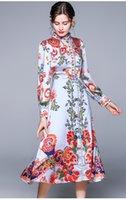 Retro-Palast-Stilkleider Frühlings- und Herbst-Stand-up-Kragen-Blase langärmliges gedrucktes Kleid großer Swing Rock Europe America