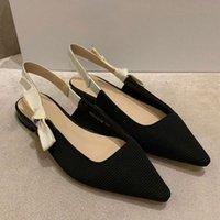 Сандалии на высоком каблуке Роскошные дизайнерские сандалии для женщин Мода Лето Дизайнеры Обувь Все Матч Сплошной цвет Заостренный Свадебный Обувь
