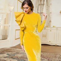 2021 Plus Size Arabic Aso Ebi Simple Velvet Sheath Prom Dresses Long Sleeves Ankle Length Evening Formal Party Second Reception Bridesmaid Gowns Dress ZJ663
