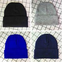 패션 남자 여자 가을 겨울 니트 비니 모자 모자 두개골 모자 비아 따뜻한 야외 크로 셰 뜨개질 캐주얼 모자 도매 2020