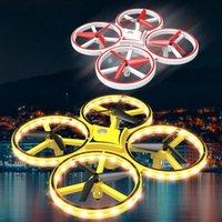 طائرة بدون طيار quadcopter ناحية التعريفي الارتفاع عقد الجاذبية الاستشعار الأشعة تحت الحمراء تجنب عقبة 2.4G التحكم عن بعد اللعب الطائرات بدون طيار