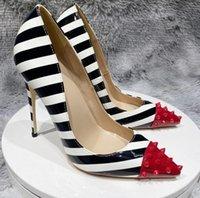 붉은 바닥 여성 드레스 신발 숙녀 하이힐 8cm 10cm 120mm 뾰족한 발가락 펌프 큰 크기 EURO34 ~ 44 45 파티 연회 검은 흰색 줄무늬 특허 가죽 섹시 리벳