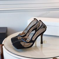Mesh Square Toe High Saltos Sapatos Stiletto Sandálias Top Quality Couro Casual Sapato Senhoras Cadeia de Ouro Confortável e Seguro