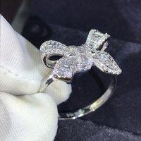 Yeni Varış Lüks Takı 925 Ayar Gümüş T Prenses Kesim Beyaz Topaz CZ Elmas Parti Kelebek Kadınlar Düğün Band Yüzük Hediye 748 Q2