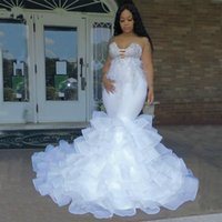 Plus Size Feather Wedding Dresses Bride Gowns 2021 Tiered Skirts African Lace Beading Nigerian Sweetheart Applique vestido de novia